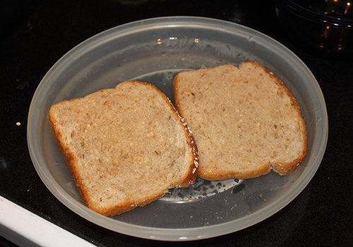Bread soaked in cold water